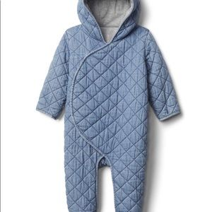 GAP QUILTED CHAMBRAY